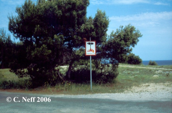 Attention au Feu Cap Leucate Mai 1996 bearb