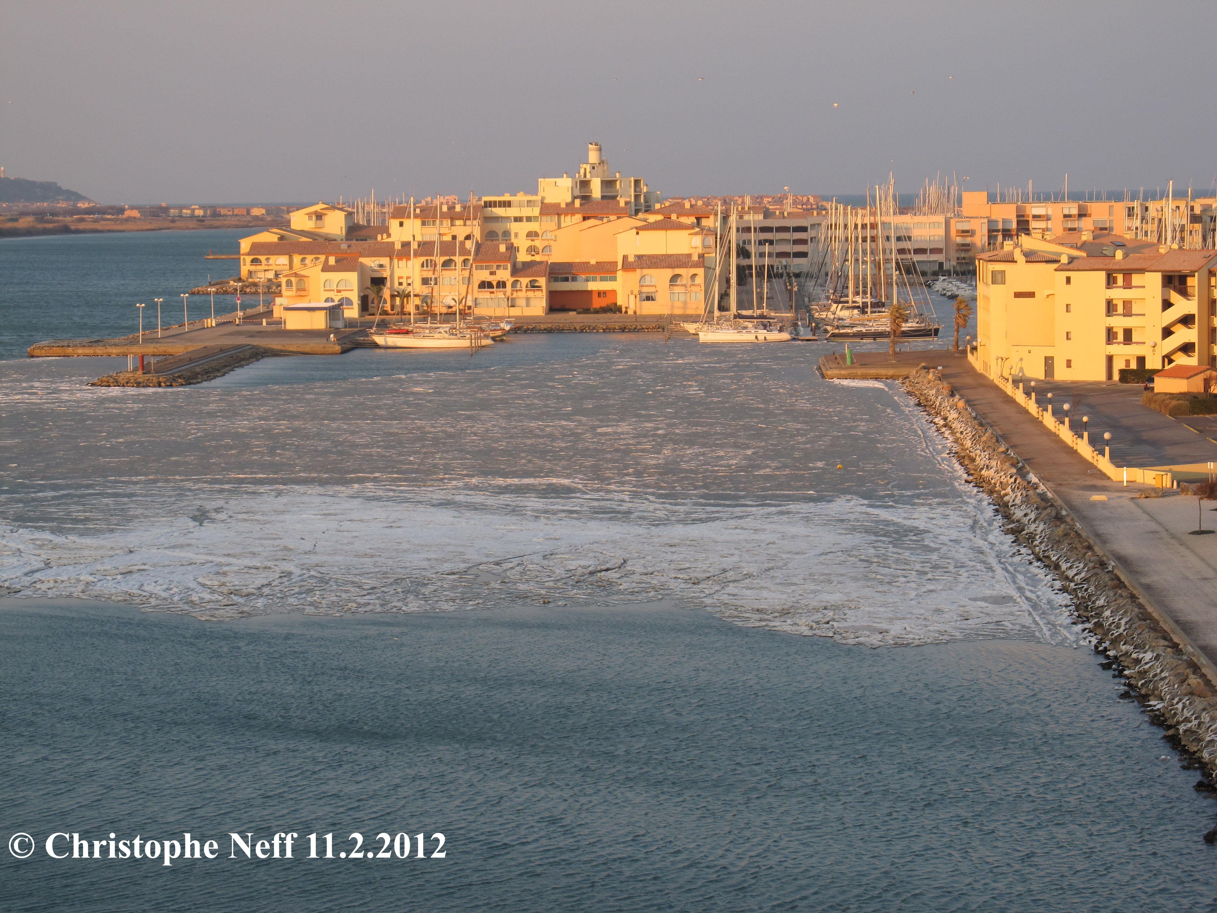 La banquise bloque le Port de Port Leucate 11.2.2012