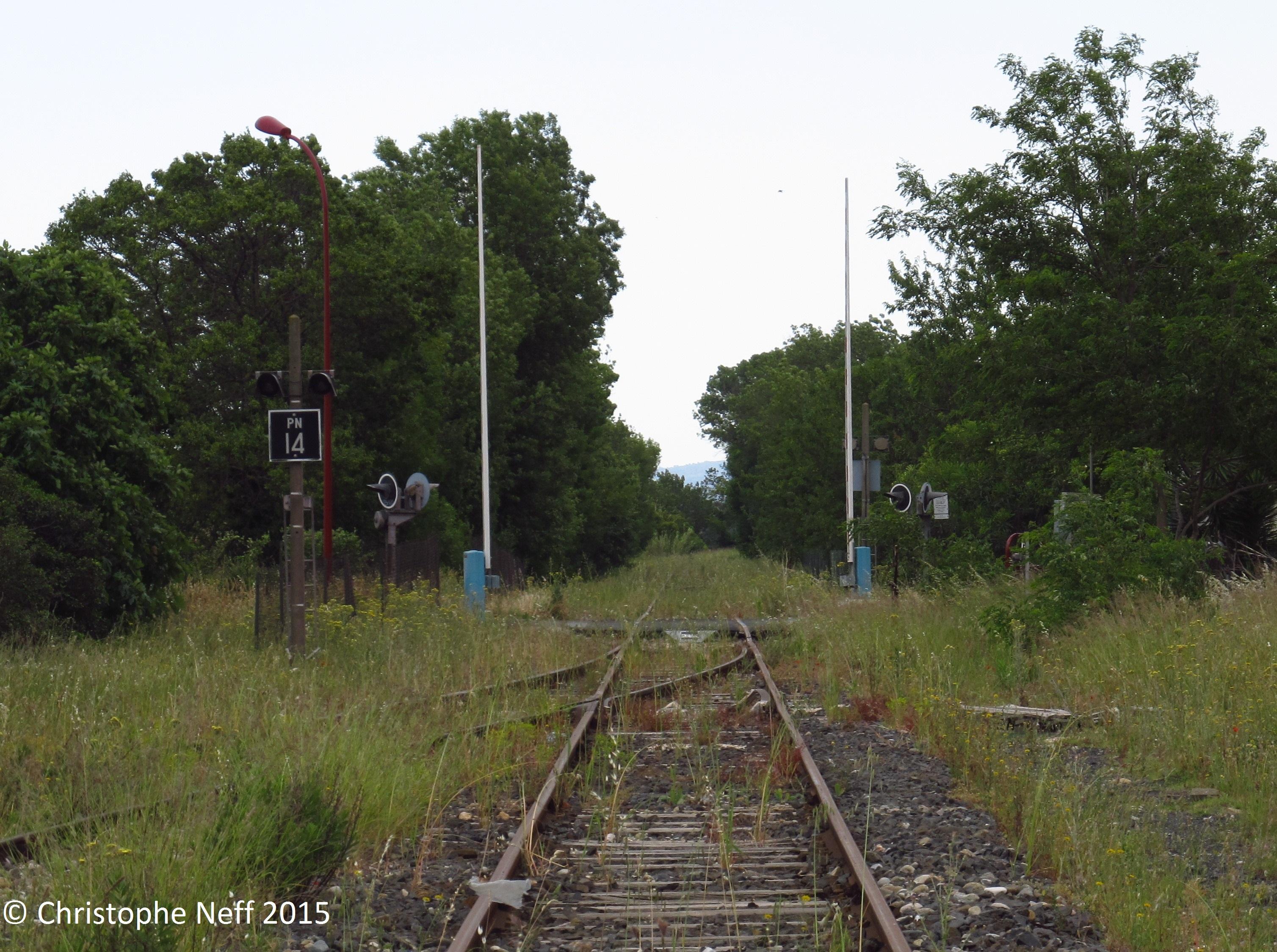 PN 14 à Sallèles-d'Aude sur la ligne ligne de Chemins de Fer de Narbonne à Bize (Blogversion)