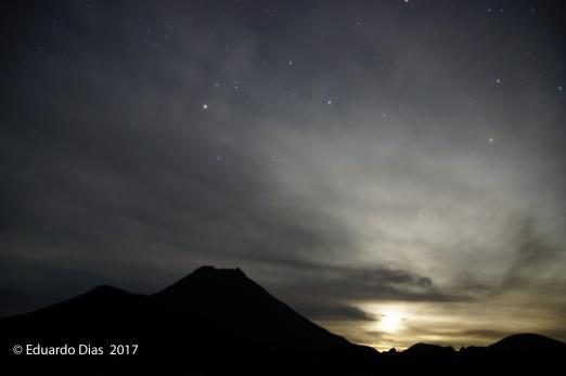 Eduardo_Dias_nascer da Lua_Caldeira-Pico do Fogo
