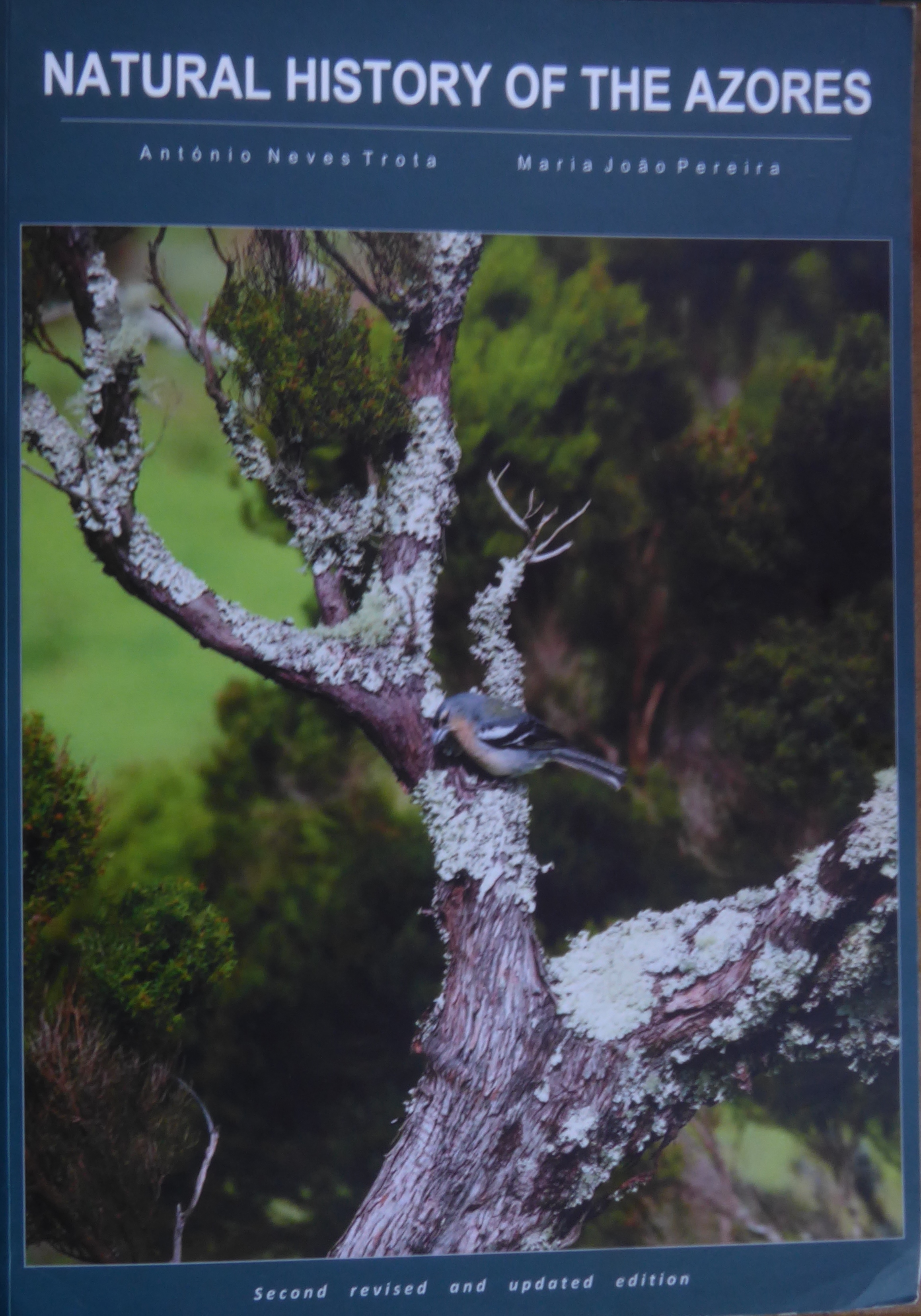 Natural history of the Azores 2018 bookcover scan