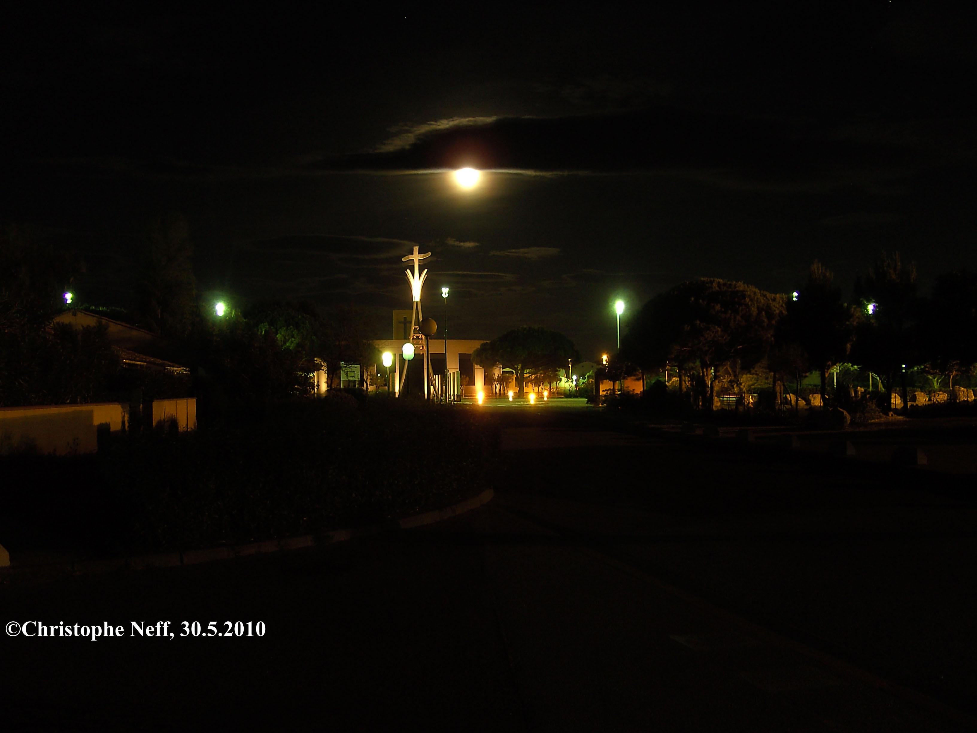 St. Jacques Port Leucate 29.5.2010 0H35