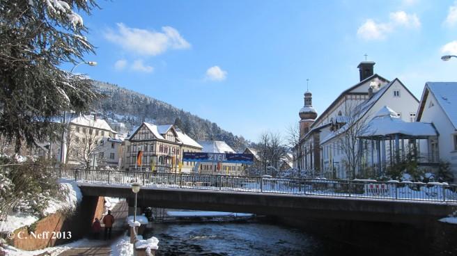 Winterhimmel und Februarschnee in Schramberg